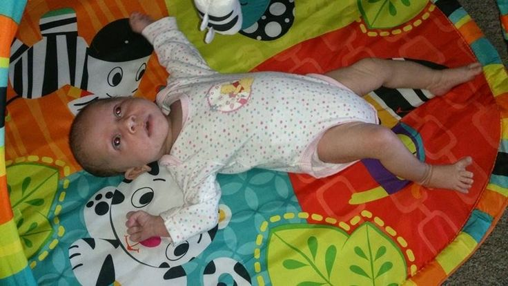 A Normal Day in Our Crazy Lives!: Peanut is 1 Month old!! http://owlcrazymummy.blogspot.co.uk
