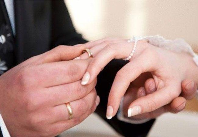 تفسير حلم الزواج للعزباء من شخص معروف ابن سيرين الزواج الزواج في المنام الزواج للعزباء Best Marriage Advice Marriage Advice Quotes Marriage