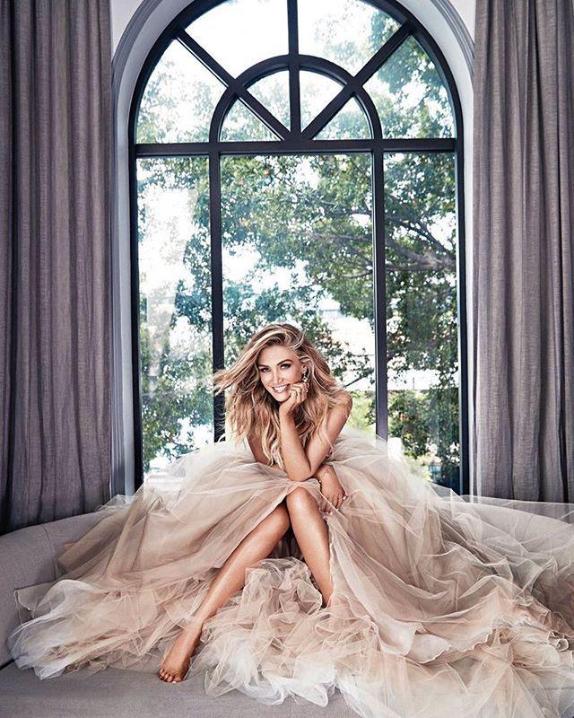 When Cinderella lets you borrow her dress #dressup #princess #stellar