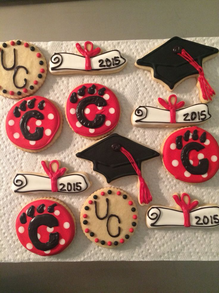 University of Cincinnati graduation cookies