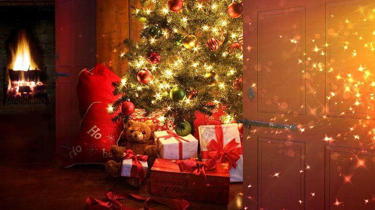 Copil fiind, așteptam cu nerăbdare noaptea de Crăciun. Au fost ani în care mă trezeam dimineața și, împreună cu sora mea, descopeream bradul împodobit și cadourile strălucind sub brad.