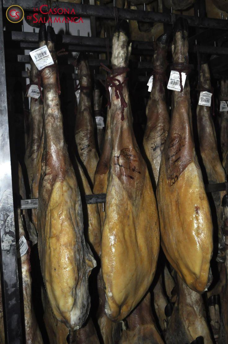 #Jamón #ibérico de bellota de nuestros mejores animales. Alimentados con esmero y seleccionados uno a uno. RESERVA50 único!!! http://www.jamonibericosalamanca.es