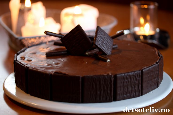 After Eight sjokolademoussekake Translation: After Eight Chocolate mousse cake