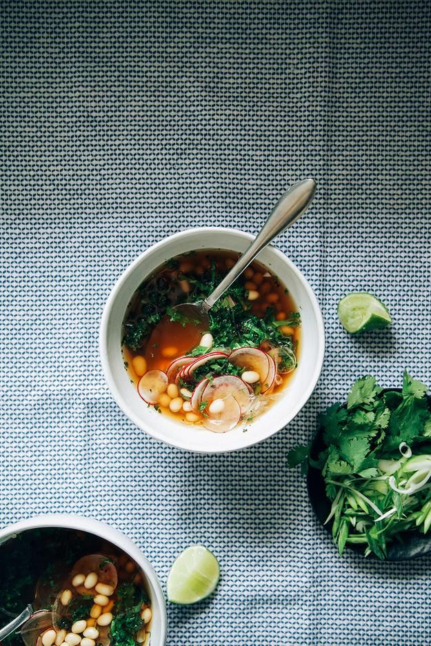 How to make fresh and easy spring vegetable soup | via Buzzfeed