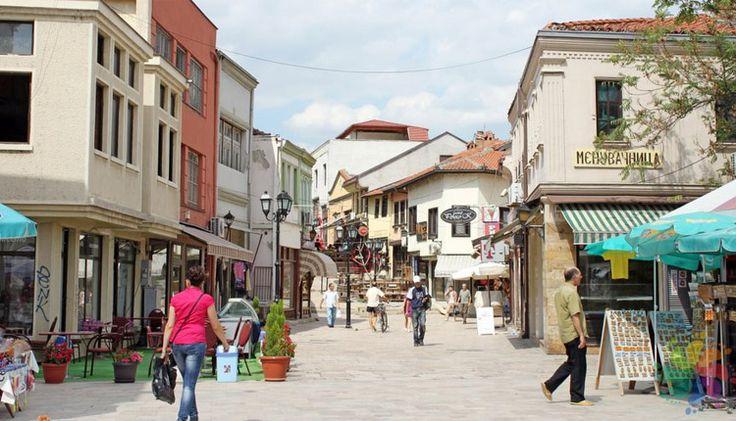 Üsküp Türk ÇarşısıOsmanlı İmparatorluğu dönemi çarşısıdır.  Bu tarihî çarşı, Üsküp'ün kuzeyinde yer alır.Çarşı, Üsküp'ün en büyük yaşam alanlarından biri olarak kültürel ve tarihî özelliğe sahiptir.   #Balkan #balkanlar #Balkanlar Üsküp Türk Çarşısı #Makedonya Üsküp Türk Çarşısı #Üsküp Türk Çarşısı #Üsküp Türk Çarşısı Balkanlar #Üsküp Türk Çarşısı Makedonya