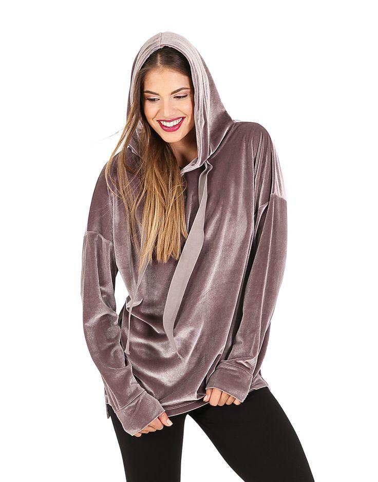 Βελούδινη μπλούζα με κουκούλα