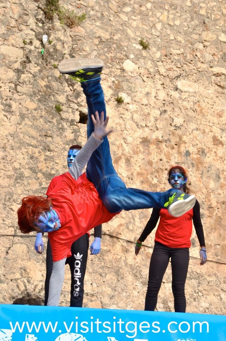 Dia Internacional de la Danza. http://www.visitsitges.com/es/historia-de-sitges/turismo-sitges/fiestas-tradiciones