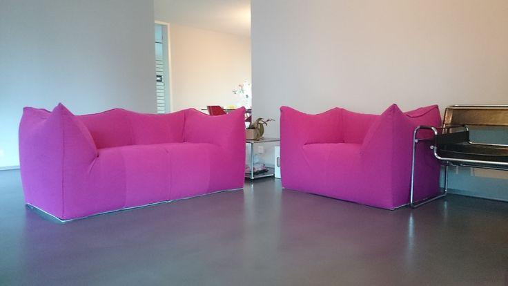 Nuovo rivestimento per poltrona e  divano B&B modello LE BAMBOLE   in 100% cotone CHIVASSO. Restauro per nostro cliente di Zurigo. www.scandaletti.it/