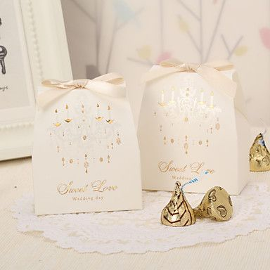 Vintage Favor Boxes With Ribbon Bow (Set of 12) – AUD $ 9.30