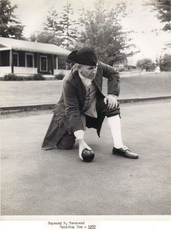 Williamsburg, Virginia documents show lawn bowling in 1720.