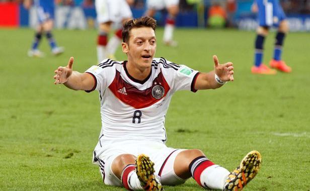 Coupe du monde 2014: Avec sa prime, Mesut Özil paie les opérations de 23 enfants