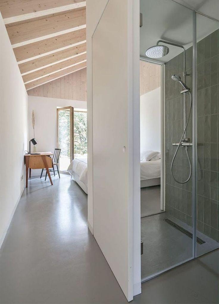 les 25 meilleures id es de la cat gorie salles de bains rustiques sur pinterest grandes salles. Black Bedroom Furniture Sets. Home Design Ideas