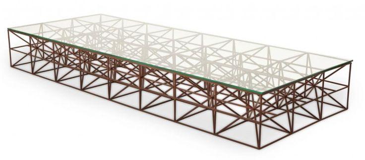 Designer: Marcus Ferreira Em aço e tampo em vidro. (160cmx60cmx20cm) DE R$ 3.267,00 POR R$ 2.450,25.