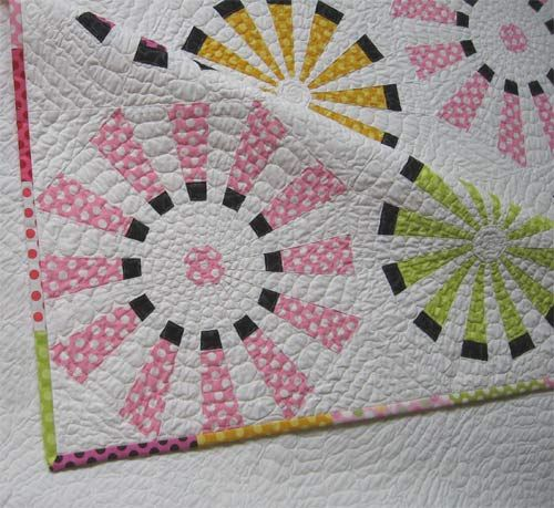 1000+ Ideas About Dresden Plate Quilts On Pinterest
