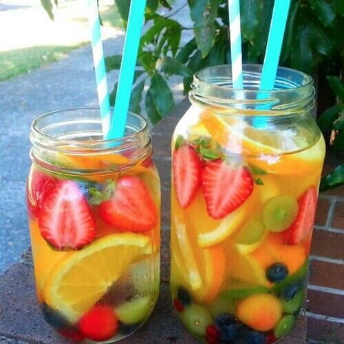 Image via We Heart It #awesome #color #colorful #delicious #drink #drinks #fashion #fruit #girl #healthy #holiday #juice #photography #pretty #style #sweet #tasty #yummy #cute