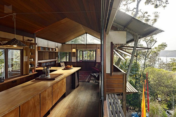 Modern House: West Head House by Peter Stutchbury - Hudson Parade, Clareville Beach NSW 2107