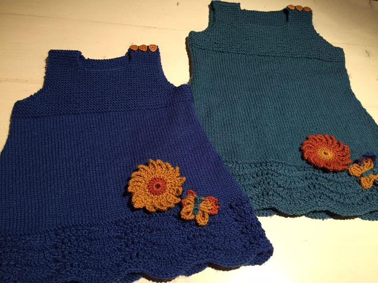 """Also blue """"Little sister"""" knitted tunica ready. Complete design with applications and button choice by nina dirix. Dress pattern adapted from Drops Design dress pattern."""