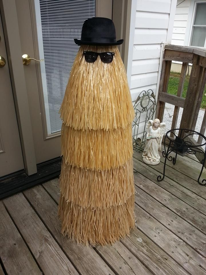 Cousin It - Tomato cage and grass skirts from the Dollar Store.