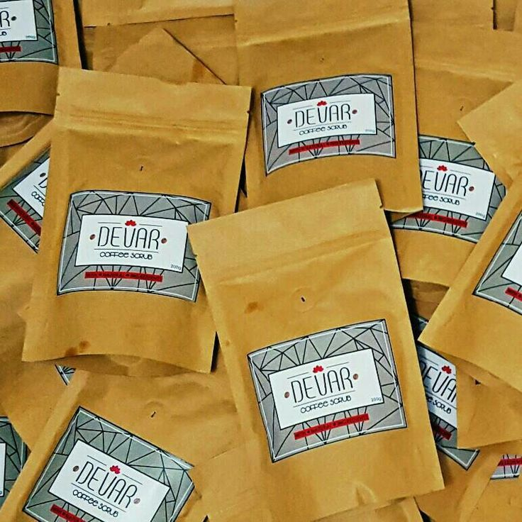 DEVAR COFFEE SCRUB using freshly ground robusta coffee With 100 % natural ingredients   Benefits :   ☆ reduce the appearance of cellulite, stretch marks, varicose veins, psoriasis, eczema, age spots, acne & scars  ☆ stimulate healthy circulation  ☆ anti-inflammatory & antioxidants  ☆exfoliate dead skin  ☆ moisturize & hydrate skin  ☆ tighten & brighten skin  ☆ smooth & glowing skin   This scrub can be applied on your body, face and lips.    Price ONLY IDR 35K    For information & order…