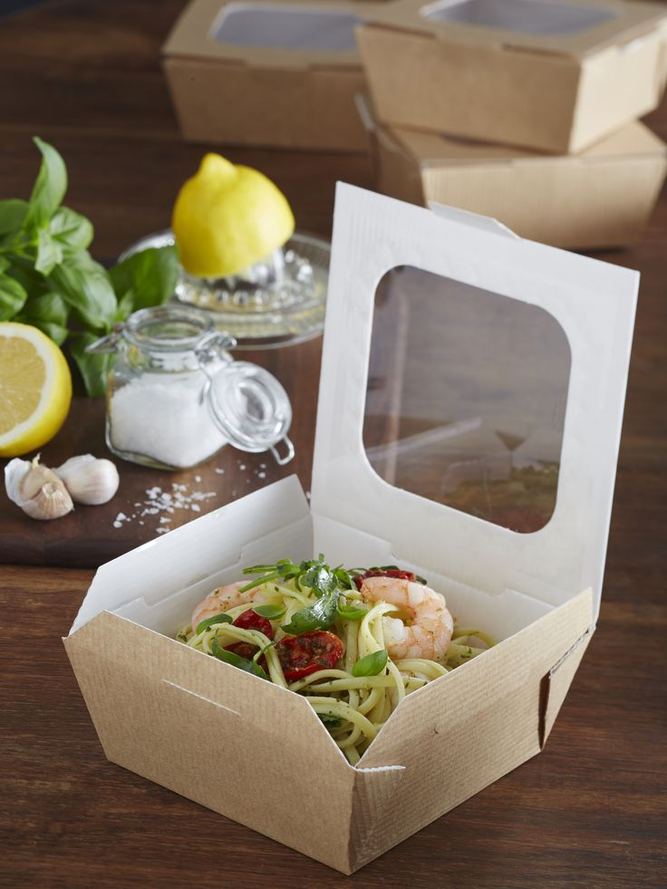 The medium 'Taste' trays are PET lined with webbed corners, for food choices which are served with a sauce or gravy accompaniment. The trays can be used for desserts.