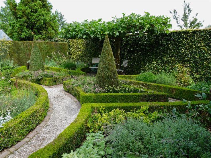 Die besten 25 labyrinthgarten ideen auf pinterest for Gartengestaltung chinesisch