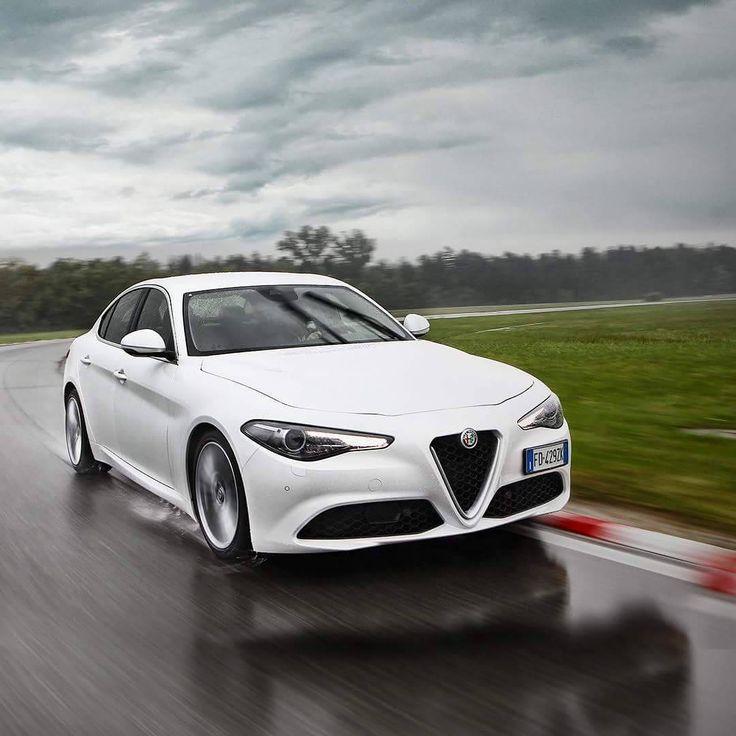 Alfa Romeo Is Back With A Super Giulia!