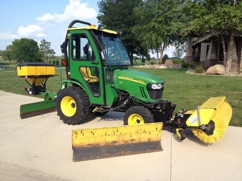 Garages For Tractors : John deere compact tractor with snow blade and