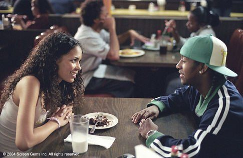 Still of Jennifer Freeman and Omarion Grandberry in You Got Served (2004)