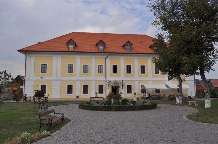 Castelul Haller Ogra Mures Romania