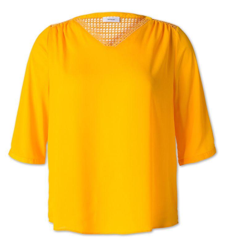 Blouse met gehaakt kant in licht oranje