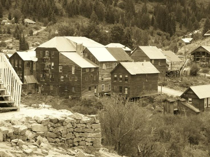 Dian's Timpanalley: Lost in SIlver City, Idaho - a ghost town