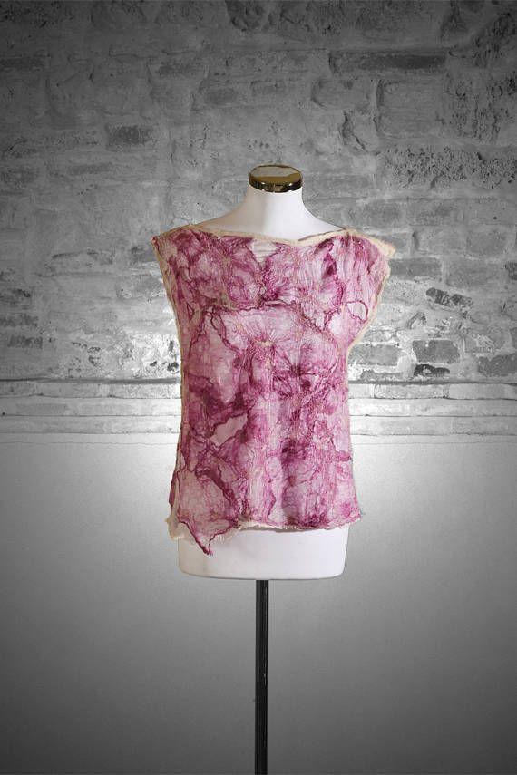 Camicia in seta realizzata con la tecnica del Nuno feltro.