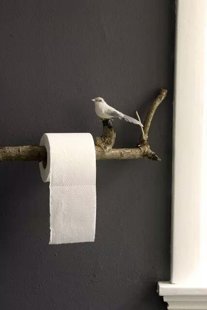 Toilet roll holder with the bird.