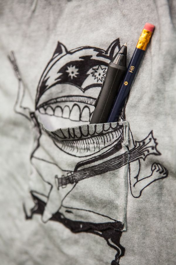hand-made Pocket-Friend t-shirt :) by Alex Kilin, via Behance