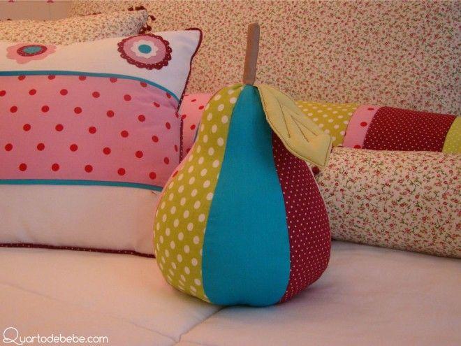 pufe pera colorida almofada