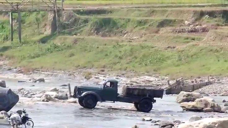 Truck ZIL Di Sukanegara Jonggol Jawa Barat