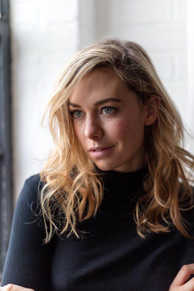 Vanessa Kirby - IMDb