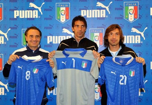 Calcio amichevoli: maglie azzurri all'asta per Enpa dopo Italia-Lussemburgo