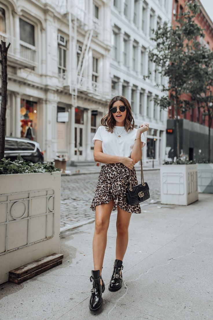 Edgy leopard