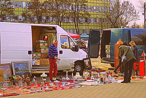 Bazar na Kole Warsaw (by Magda Przedmojska 2013)