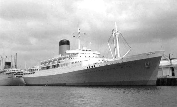 Union Castle Line - Pendennis Castle -  In the summer of 1966 there was a lengthy dock strike at Southampton (may have been elsewhere also), which resulted in many liners being stuck for weeks.