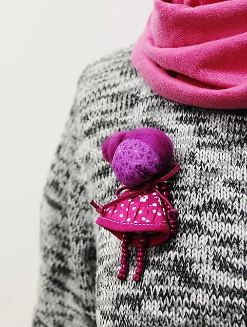 maramanufaktura / brošňa mini MARA ružienková /cyklámenová /