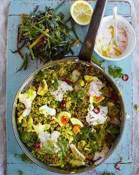 killer kedgeree, beans, greens & chilli yoghurt   Jamie Oliver   Food   Recipes (UK)   jAMIES 15 MINUTE MEALS   Scoop.it