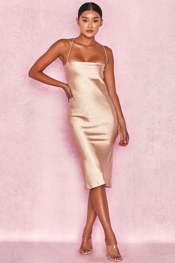 champagne dress with black shoes