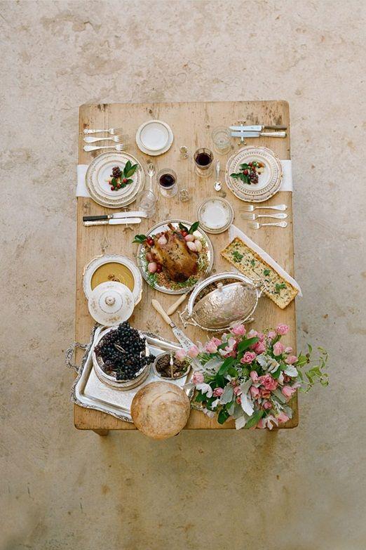 Elegant rustic wedding table