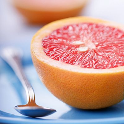 More evidence that eating grapefruit may help you stay slimmer.