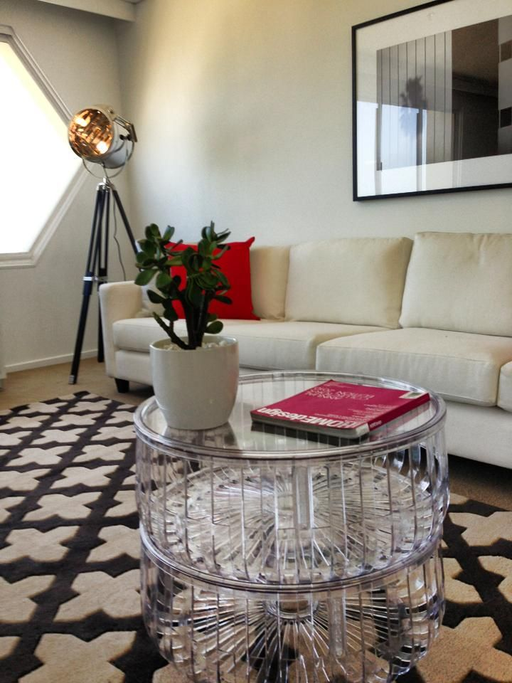 Stunning fresh & modern styling in a retro 80's Glam St Kilda apartment! Styled by the Real Estate Stylist #tres #therealestatestylist #lauragrieve www.therealestatestylist.com.au