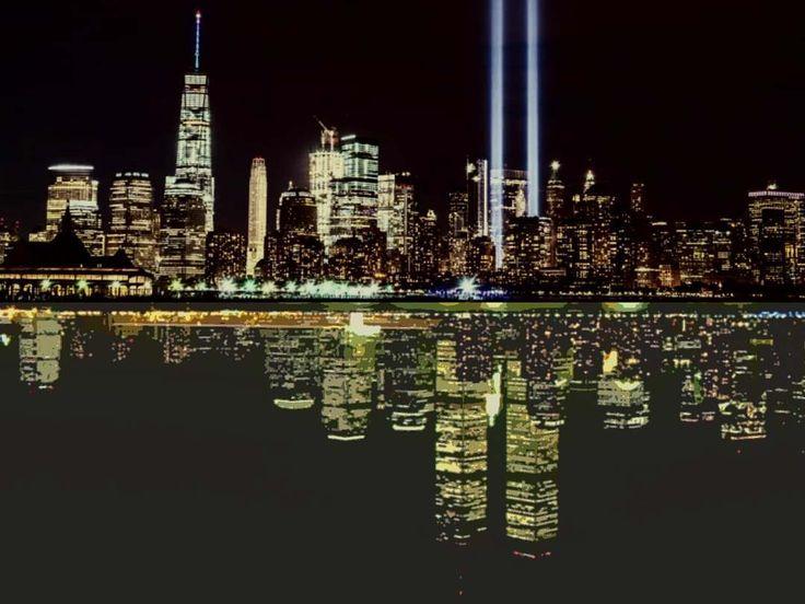 For 11 september ---- Riflessione su 11 settembre 2001 ---- #art #arte #digitalart #911 #twintowers #newyork #nyc #skyline #landscape #surreal #paesaggio #notte #night #memory #neverforget