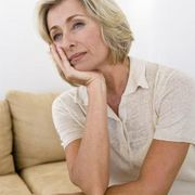 How to Deal With Empty Nest Syndrome as a Single Parent | eHow