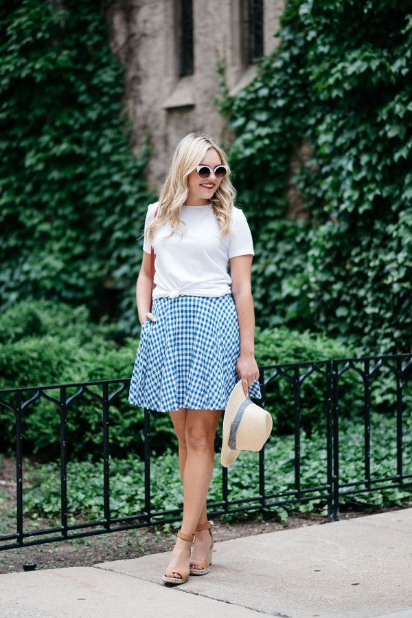 White, & Blue Outfit // Fourth of July — bows & sequins.White Tee Shirt+Gingham Skirt+Espadrille Wedges+Red Crossbody Bag+White Sunglasses+Straw Hat+Red Lipstick. Summer outfit 2016